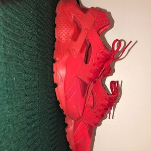 all red huraches